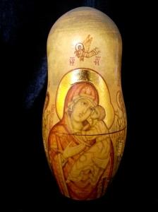 宗教主題的俄羅斯套娃 - 第二層正面的圖像 俄羅斯套娃 (2) | JCR Collections