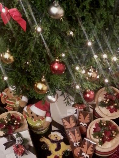 大家聖誕快樂! Merry Christmas Everybody!