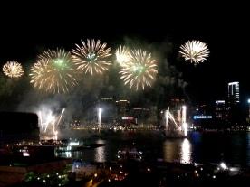 """香港2014年農曆新年煙花匯演-""""WIN"""""""